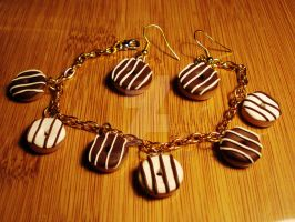 Striped chocolate donuts by sugaroverdose-crafts