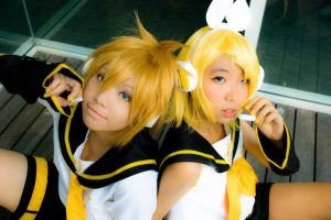 Vocaloid: Sing Together by Piyon-Pyon