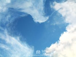 Heart in the Sky by meendee