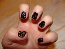 Steampunk nails do over 1 by April--R