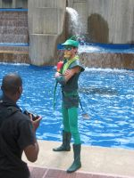 Green Arrow by the Fountain by AngstyGuy