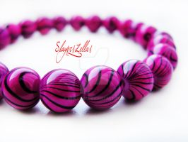 Simple purple bracelet by Benia1991