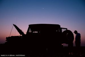 Silhouetted Land Cruiser by amai911