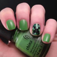 Creeper nailssss by AStudyInPolish