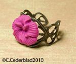 Pink flower vintage style ring by skuggsida
