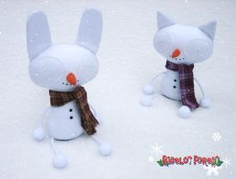 Snow Plushrooms by plushrooms
