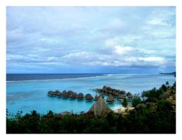 Looking From Moorea by lykesorad