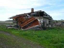 Derelict House 001 - HB593200 by hb593200
