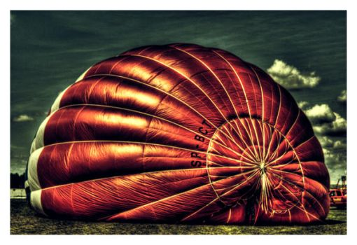 Red Balloon by Riffo