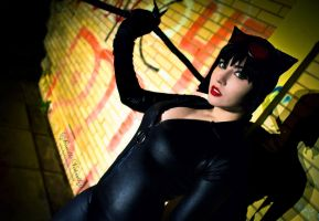 Catwoman cosplay by daniellevedo