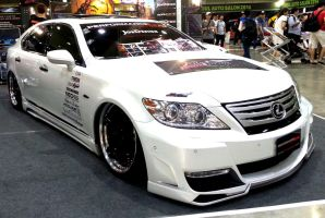 Performance Garage Studio Lexus LS VIP Tuner by toyonda