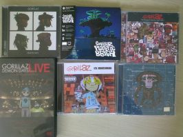 Gorillaz albums that I bought here on the beach =D by Cr0wCr4w
