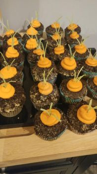 Carrot patch cupcakes! by Annamarie2014