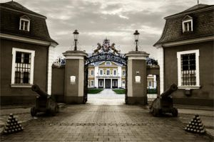 castle by Equipage