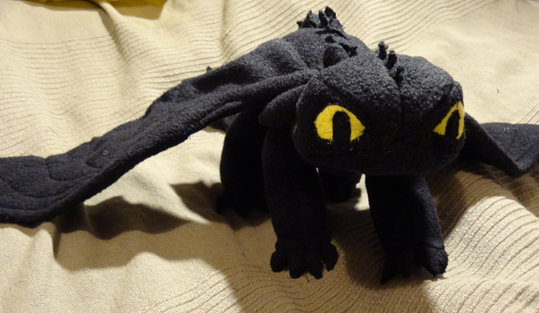 Toothless dragon plushie - First picture by ProjectToothless