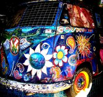 Hippie Bus Colour. by aLLySaN