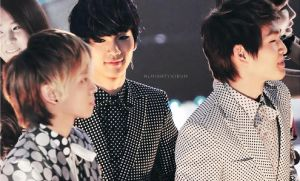 Key's stare... by Ko-min-jk