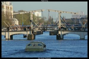Magere Brug by HerrDrayer