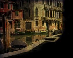 VENICE CONTRAST by TADBEER