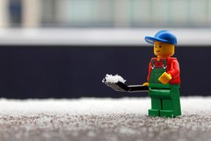Shoveling the snow by easwee