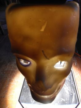 latex face 2 by alastock