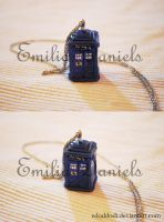 TARDIS necklace by edoddodi