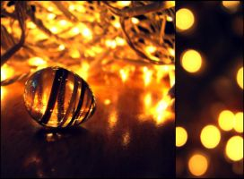 Christmas Lights. by Zwoing