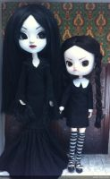 pullip custom the addams family by Rach-Hells-Dollhaus