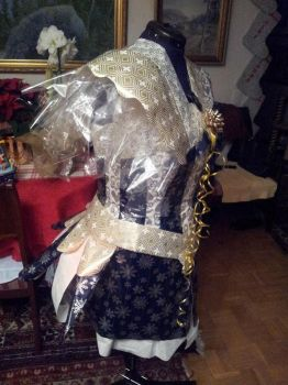 Project Sewing Mannequin gift-wrapping part 6 by Psycho-Panda