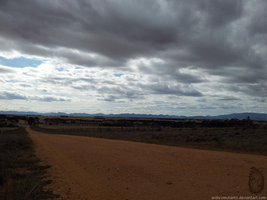 Dark clouds and the Grampians by anthromutants