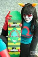 Latula Pyrope: Pose with your board by PantySchatz