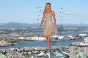 ATTACK OF THE GIANTESS JENNIFER ANISTON by darthbriboy