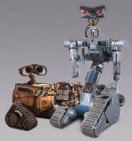 Johnny Five is Annoyed by Agent-Spiff