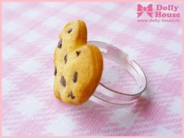 Choco Chip Cookie Heart ring by Dolly House by SweetDollyHouse
