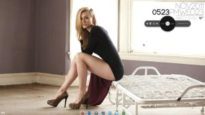Sexy Yvonne Strahovski Desktop by Gangsta-Nun