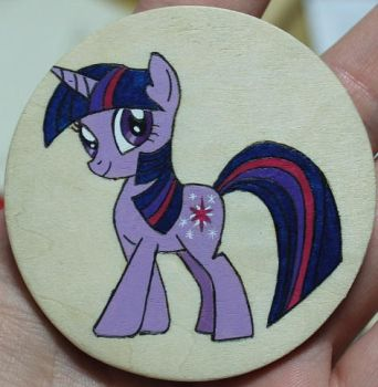 Twilight Sparkle magnet by Kat-Lady04