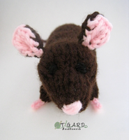 Knitted Rat by tigardneedlework