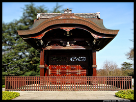 JAPANESE GATE - KEW GARDENS by 1---ROB---1