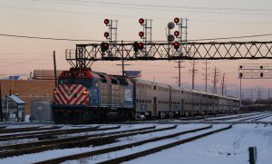 Metra MDW 2242 and F40C by JamesT4