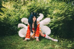 Ahri cosplay by PlaySafeee