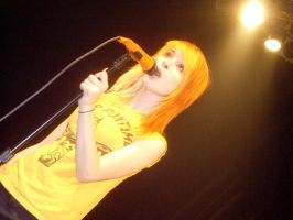 Hayley Williams, Paramore by omgjellybeans