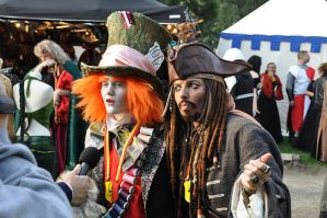 captJack sparrow and madhatter by CaptJackSparrow123