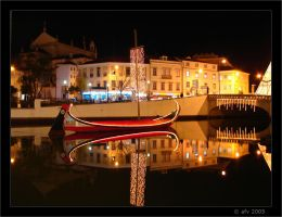 Aveiro at night III by afv