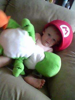 Baby Mario Cosplay by juliethestrange