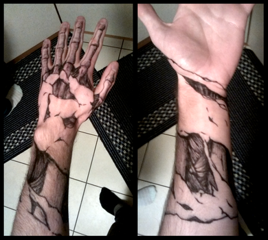 Skeleton Hand by Yveo