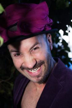 Mad Hatter Modell Metin Guener by OleNit