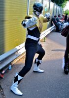 Black Ranger with the Green Ranger's shield by ZeroKing2010