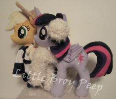 mlp Applejack and twilight sparkle plush by Little-Broy-Peep