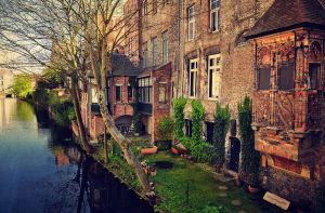When in Bruges... by ralucsernatoni