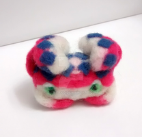 Felt Okage Crab by Shinyako